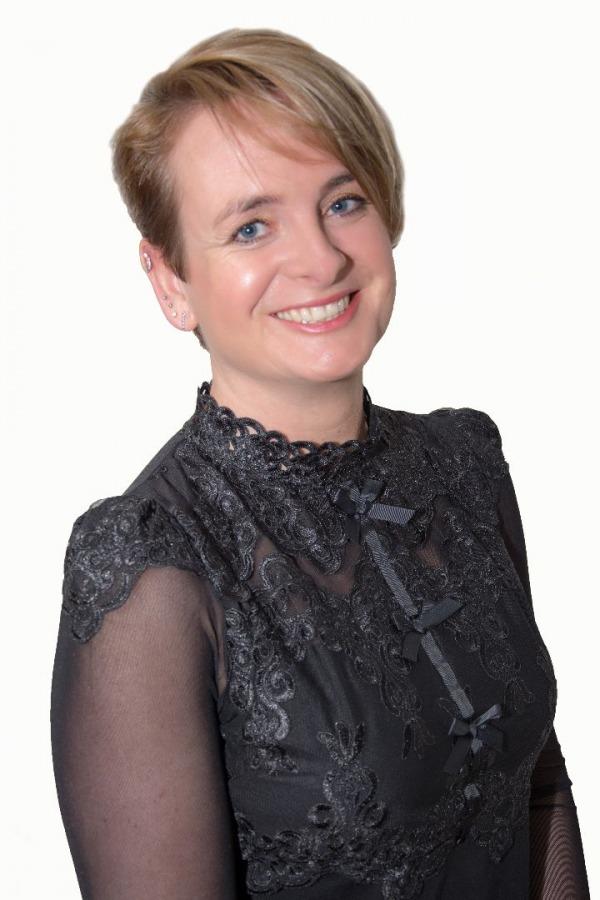 Saskia Bosma (Assistente)